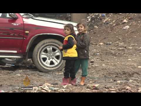 Iraq's Kurdish refugees prepare for harsh winter