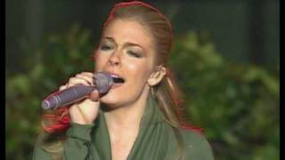 Watch Leann Rimes O Holy Night video