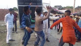 u.p me shadi ka dance dhamaka jila jaunpur gaon sultanpur ka hai nata