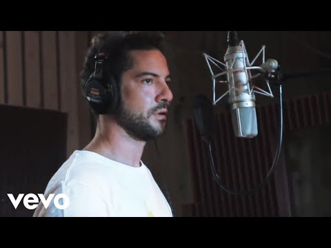 David Bisbal – No Importa La Distancia (Official Video) new videos