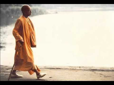 Prabhupada Chanting Hare Krsna video