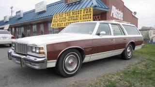 1979 Pontiac Bonneville Safari Start Up, Exhaust, and In Depth Tour