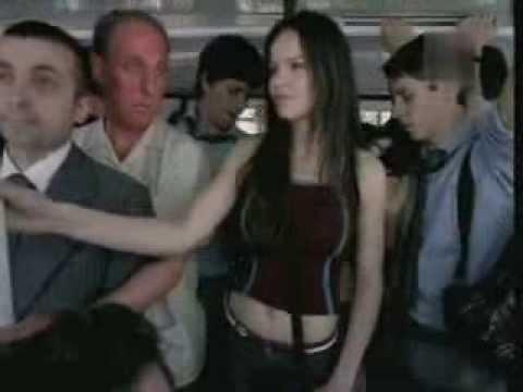 Colek Pantat Cewek Di Bus