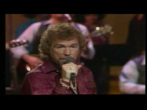 Gene Watson - Drinking My Way Back Home
