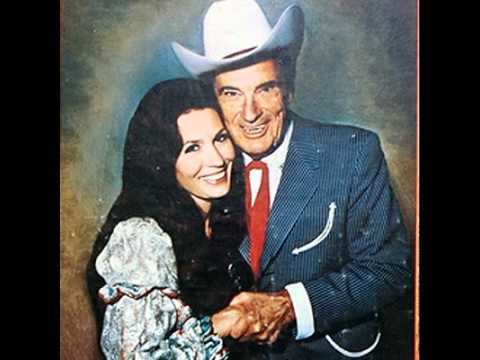 Loretta Lynn - God Gave Me A Heart To Forgive