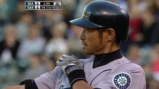 Ichiro ties Mariners all-time hit record