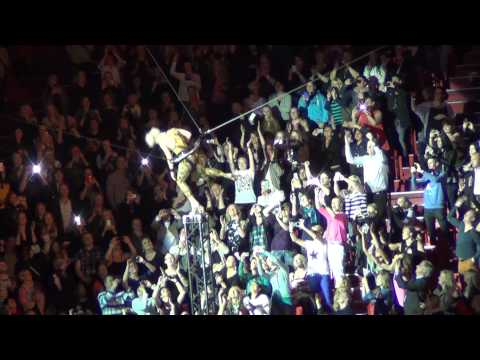 P!NK - So What - Sweden, Globe Arena, 26/5 2013