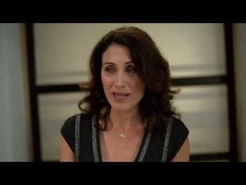Inside Girlfriends' Guide to Divorce with Lisa Edelstein, Paul Adelstein