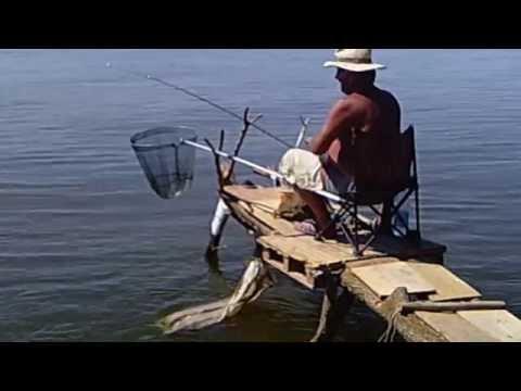 из чего сделать мостик для рыбалки