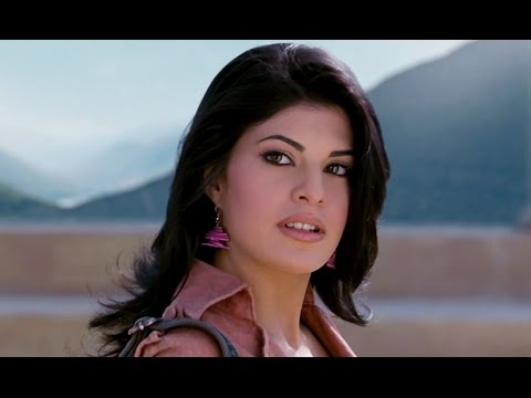 Ravishing Jacqueline Fernandez From London - Aladin