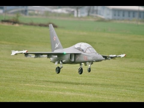 Giant Scale RC Model Jets