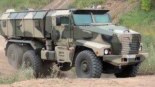 Industrie Russland - Ural-63099 Typhoon MRAP Vehicle & Other Military Trucks [720p]
