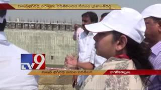 Vemula Prashanth Reddy and Smita Sabharwal inspects Mission Bhagiratha works - TV9
