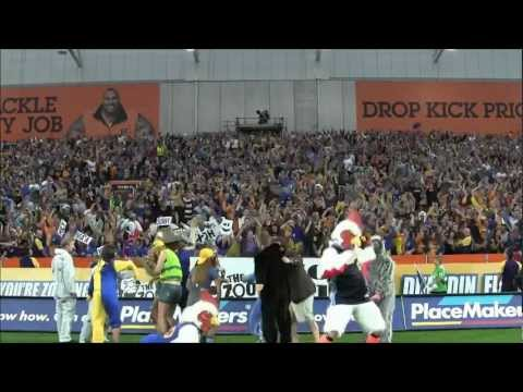 Highlanders fans in the zoo do the Harlem Shake | Super Rugby Video - Highlanders fans in the zoo do