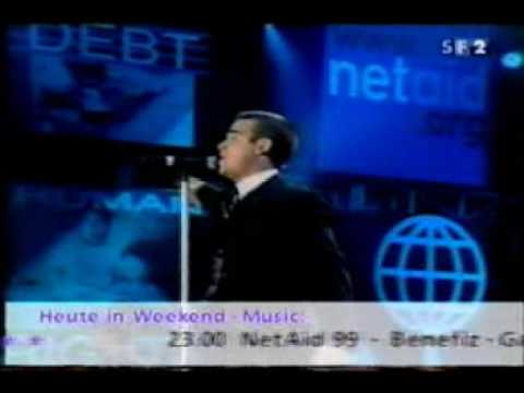 Robbie Williams - Let Me Entertain You (Live At The Brits
