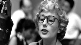 Watch Blossom Dearie One Note Samba video