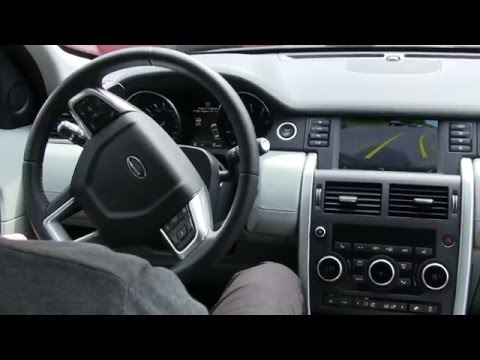 Wspomaganie parkowania w Land Rover Discovery Sport