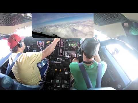 Bad Weather ILS in the Gulfstream - Pilot VLOG067