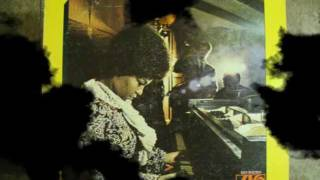Watch Roberta Flack Compared To What video