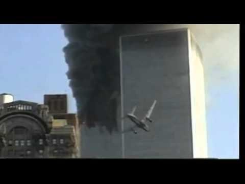 Самолет врезается в небоскреб!!!