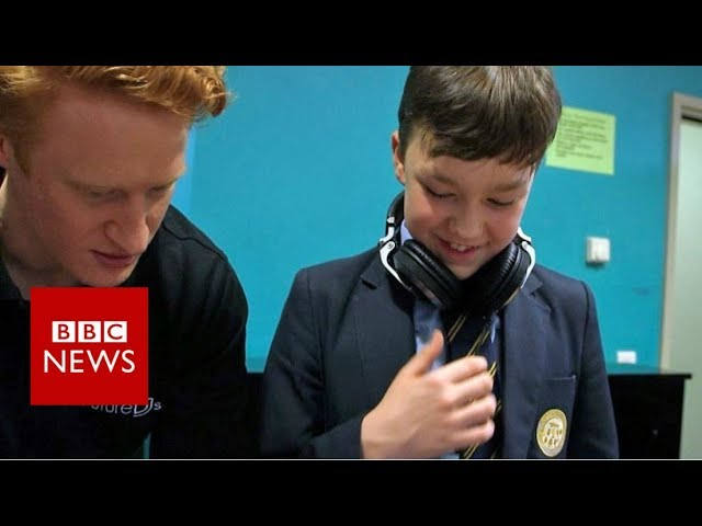Taking DJing as part of your music GCSE - BBC News