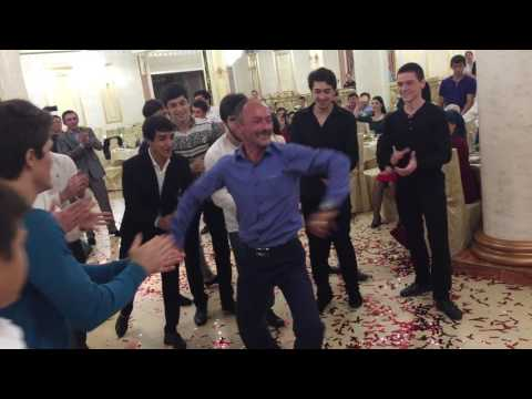 Танец БАРДАК :D !!! С Характера на Произволку!