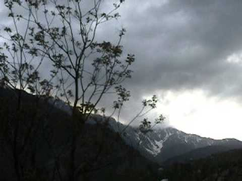 Cloudy weather in kashmir!!!