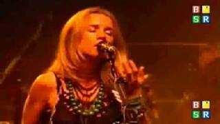 Watch Heather Nova Redbird video