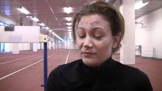 Isabelle-HurdleTraining-Crash-BislettIndoor-31.10.2011.mpg