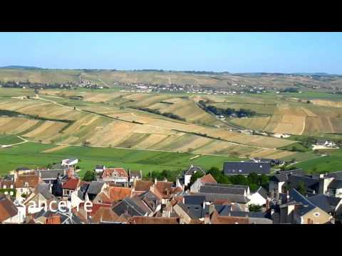 Wine Tour Loire Valley: Sancerre, the village, the vineyards, the magnificent view