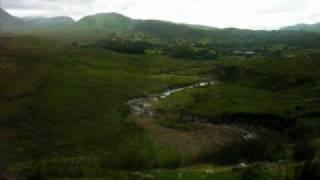 Michel Sardou - Les lacs du Connemara - Lyrics