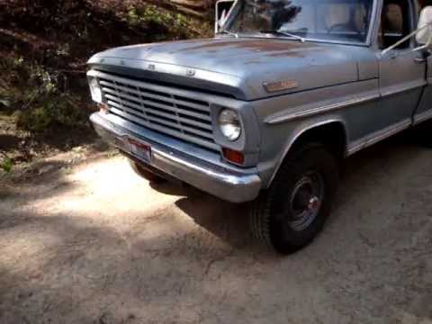 1967 Ford 300 straight six engine and exaust sound
