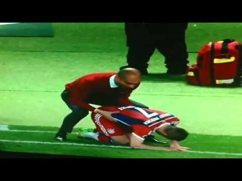 Pepe Guardiola and Franck Ribery's special moment