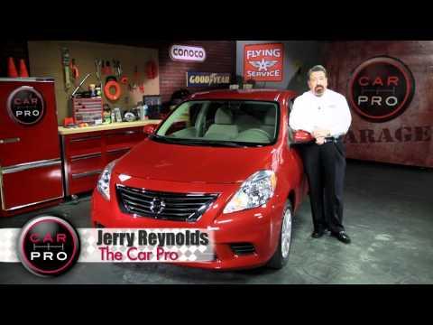 2012 Nissan Versa SV Car Pro Review