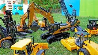 포크레인 중장비 장난감 개봉놀이 크레인 구출놀이 Excavator Unboxing Rescue the Crane