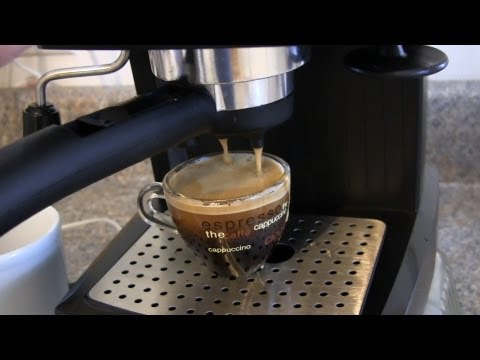 Review and Demo for the De Longhi EC155 15 BAR Pump Espresso and Cappuccino Maker