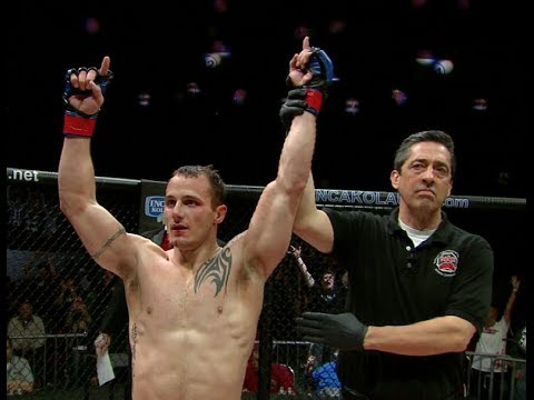 Dakota Cochrane and Efrain Escudero Go to War at RFA 13