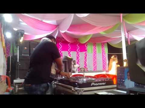 DJ akash playing
