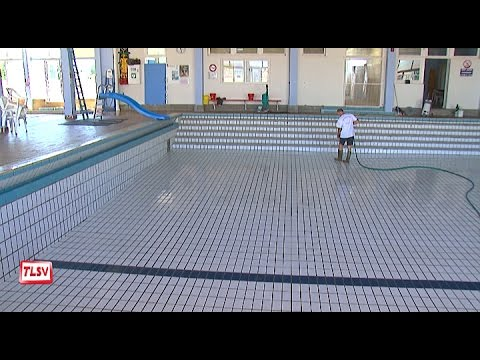 Luçon : nettoyage de la piscine