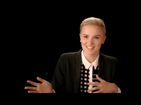 Veronica Roth Talks About The Divergent Collector's Edition