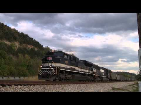 Norfolk Southern Train Action and a Heritage Unit Sciotoville, OH [HD]