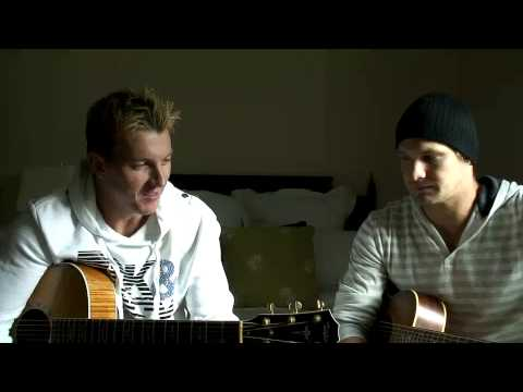 CATV Exclusive: Jamming with Brett Lee & Shane Watson