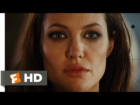 Wanted Movie Clip - watch all clips http://j.mp/wwBPxH click to subscribe http://j.mp/sNDUs5 Fox (Angelina Jolie) stands in front of Wesley (James McAvoy) an...