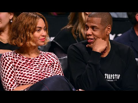 Beyonce Acting Strange Swaying Side To Side At Brooklyn Nets Game!