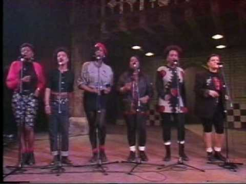 Ladysmith Black Mambazo mint Juleps  the Lion Sleeps Tonight video