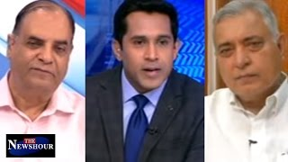 #LaluLandGhotala: BJP Calls It 'Vadra Type Deal' | The Newshour Debate (12th May)