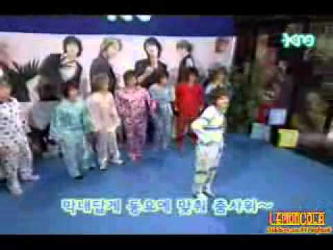 Super Junior Cute Dance Battle video