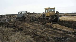 "Old dozer pushin"" old soviet motor scraper MoAZ-6014 in 2 deep mud"