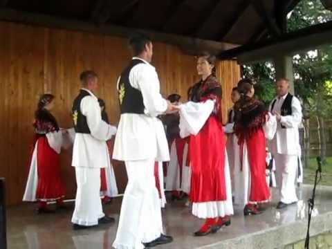 """KUD """"Husino"""" sa Husina - Hrvatske izvorne igre"""