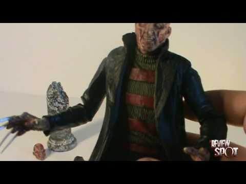 Toy Spot - Neca Cult Classics, Series 2 A New Nightmare Freddy, Part2